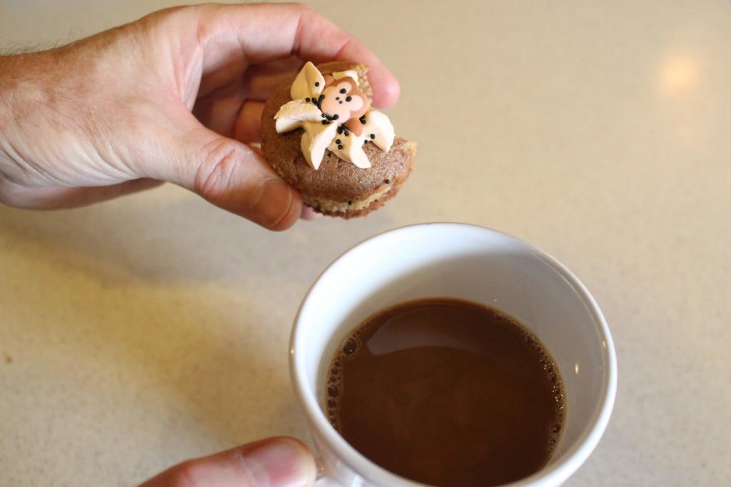 PB & Choc Swirl Cupcakes - Jeff